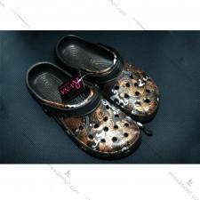 锦鲤图案洞洞鞋_ 沙滩凉鞋
